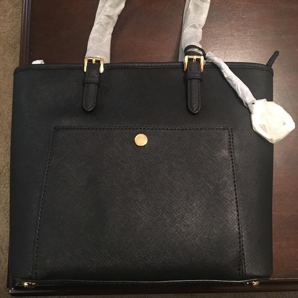 3ef5b0e25a5631 Michael Kors Bags | Med Jet Set Snap Pocket Tote | Poshmark